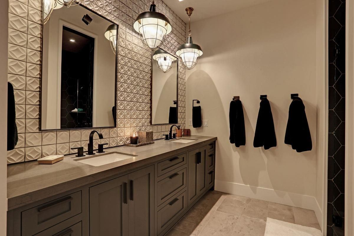 Luxury homes in beautiful home welcomes you