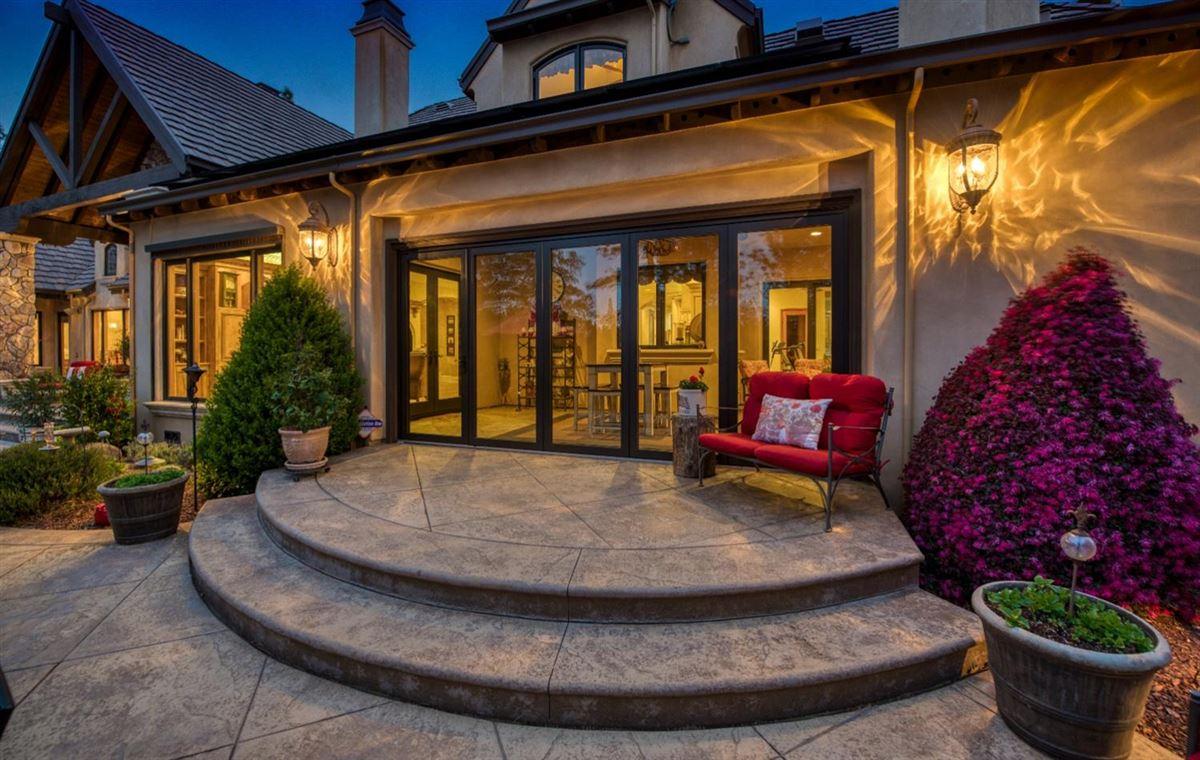 Luxury properties sophisticated yet comfortable home overlooking the fairway
