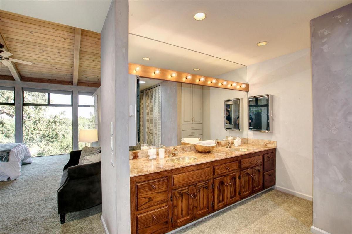An American River Gem in sacramento luxury properties