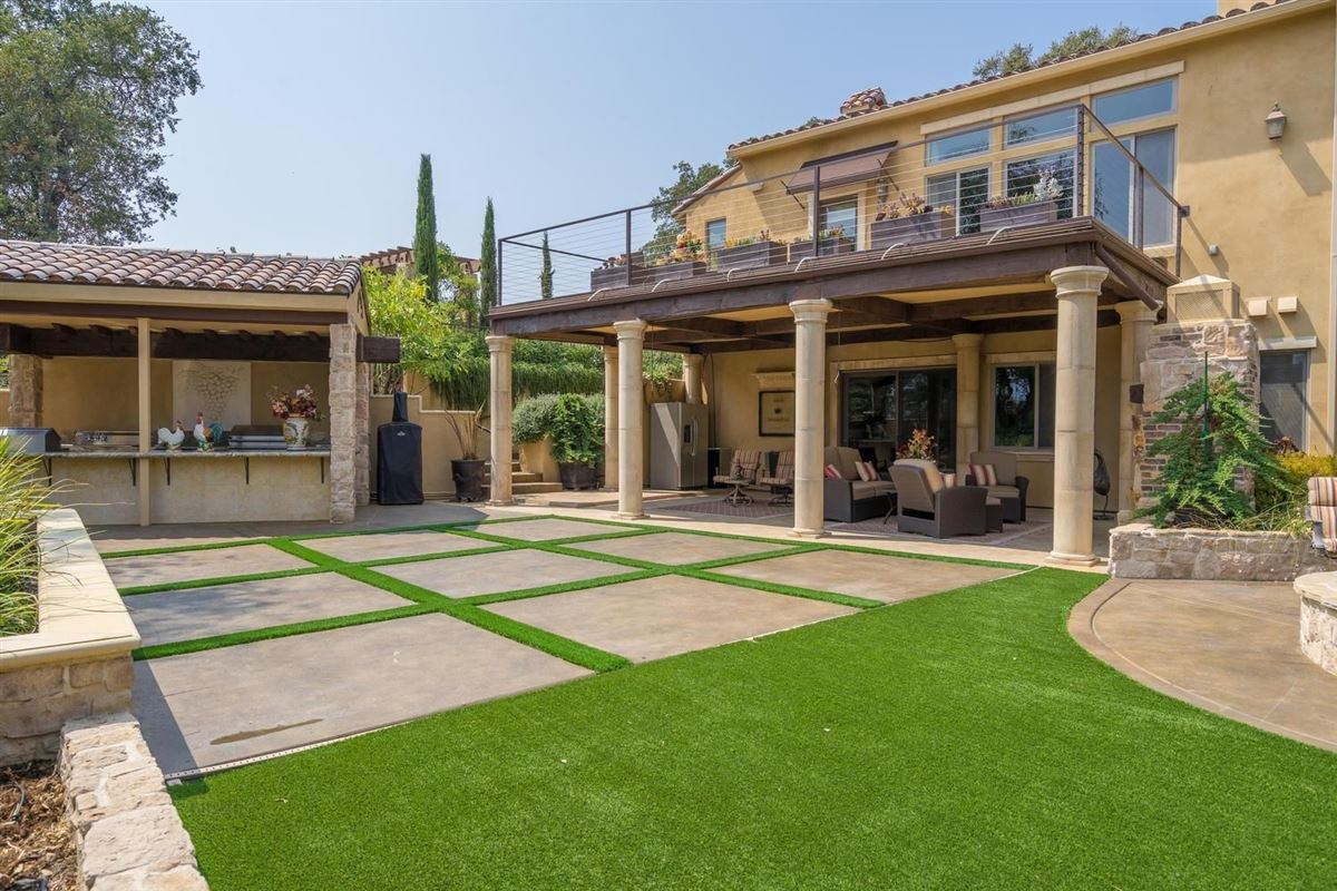 Luxury homes in spectacular Mediterranean in Exclusive Clos Du Lac