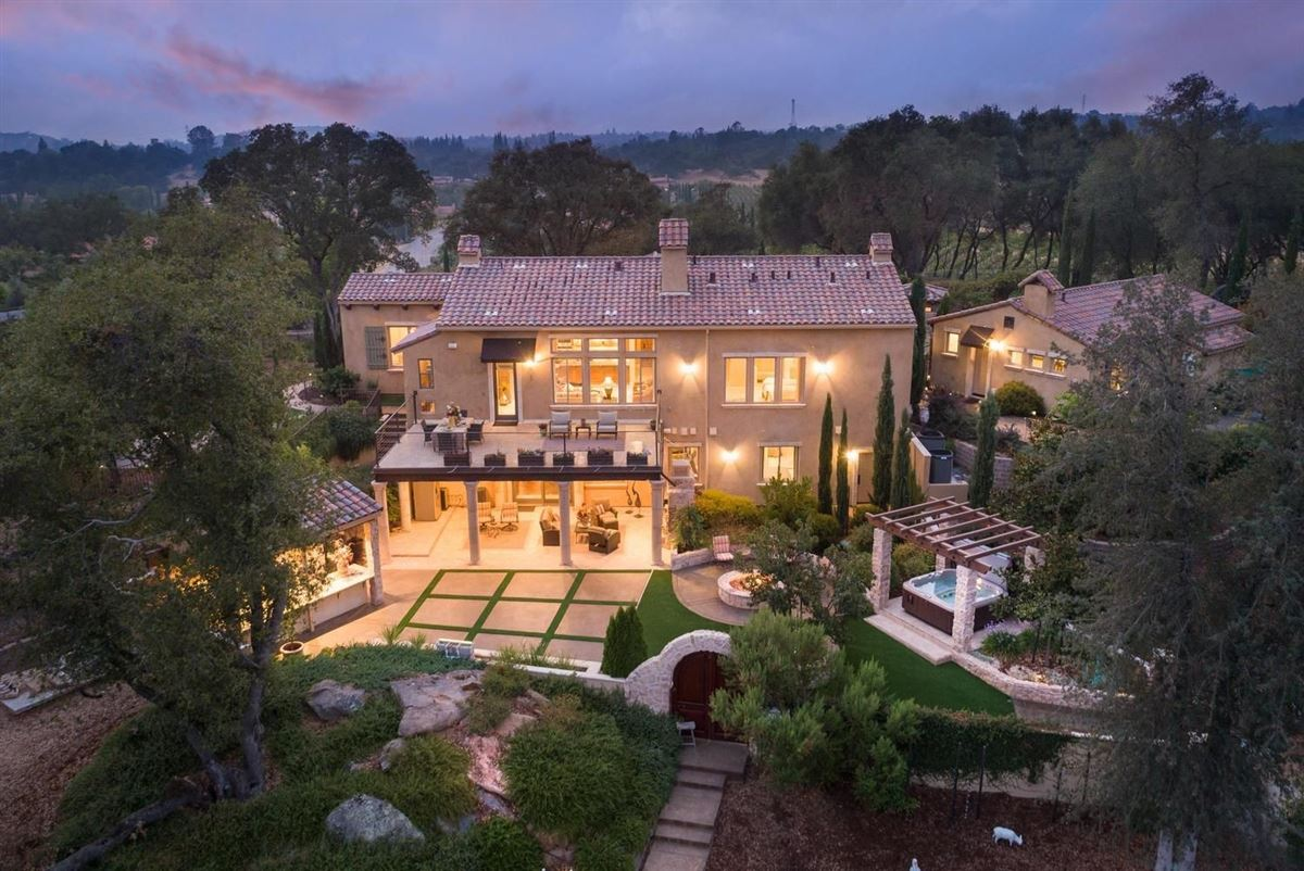 spectacular Mediterranean in Exclusive Clos Du Lac luxury real estate
