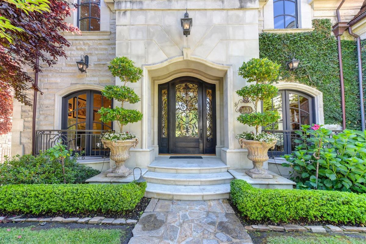 Exquisite grandeur in California luxury real estate
