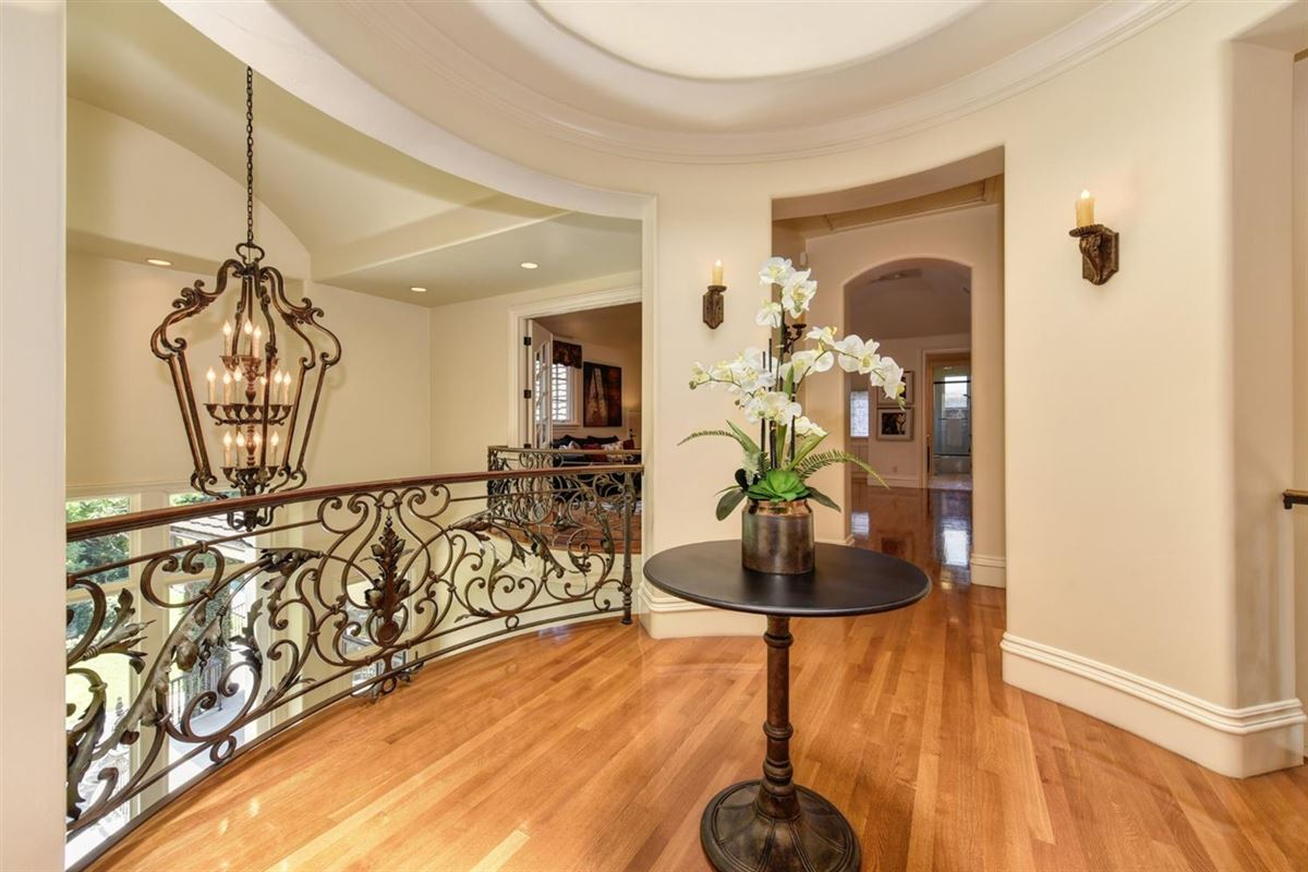 Exquisite grandeur in California luxury properties