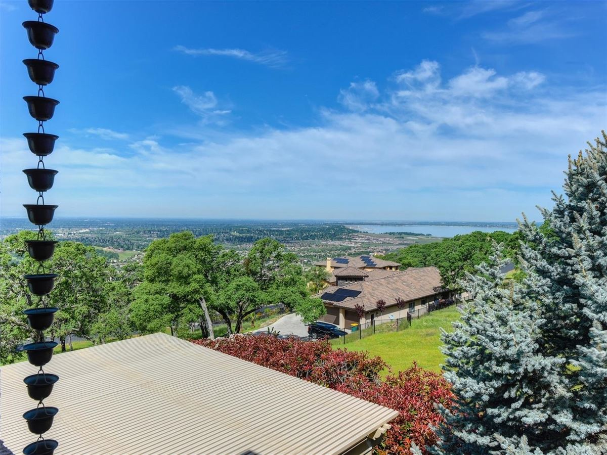 spectacular views from Prestigious Powers Drive luxury real estate