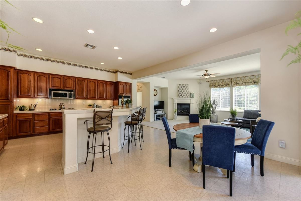 beautiful home and property in gated Silvergate Community mansions