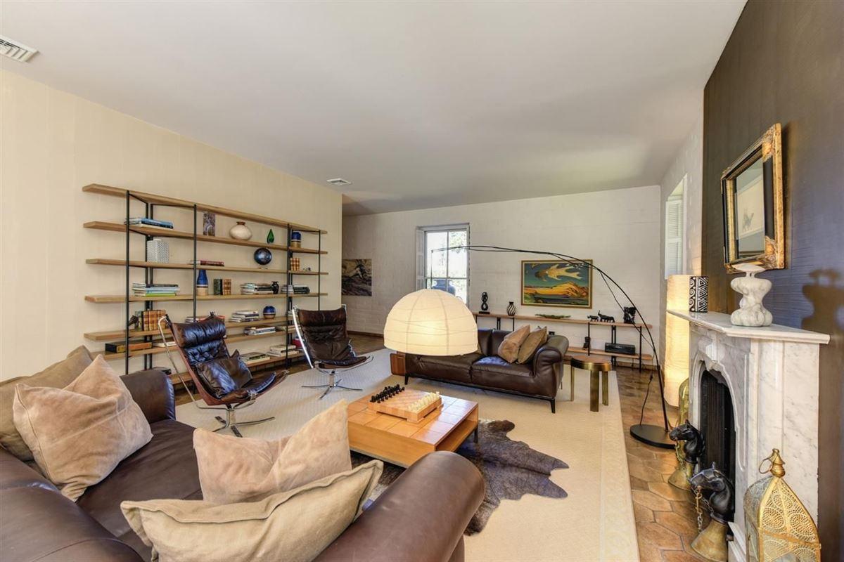 Private Delta Riverfront estate  mansions