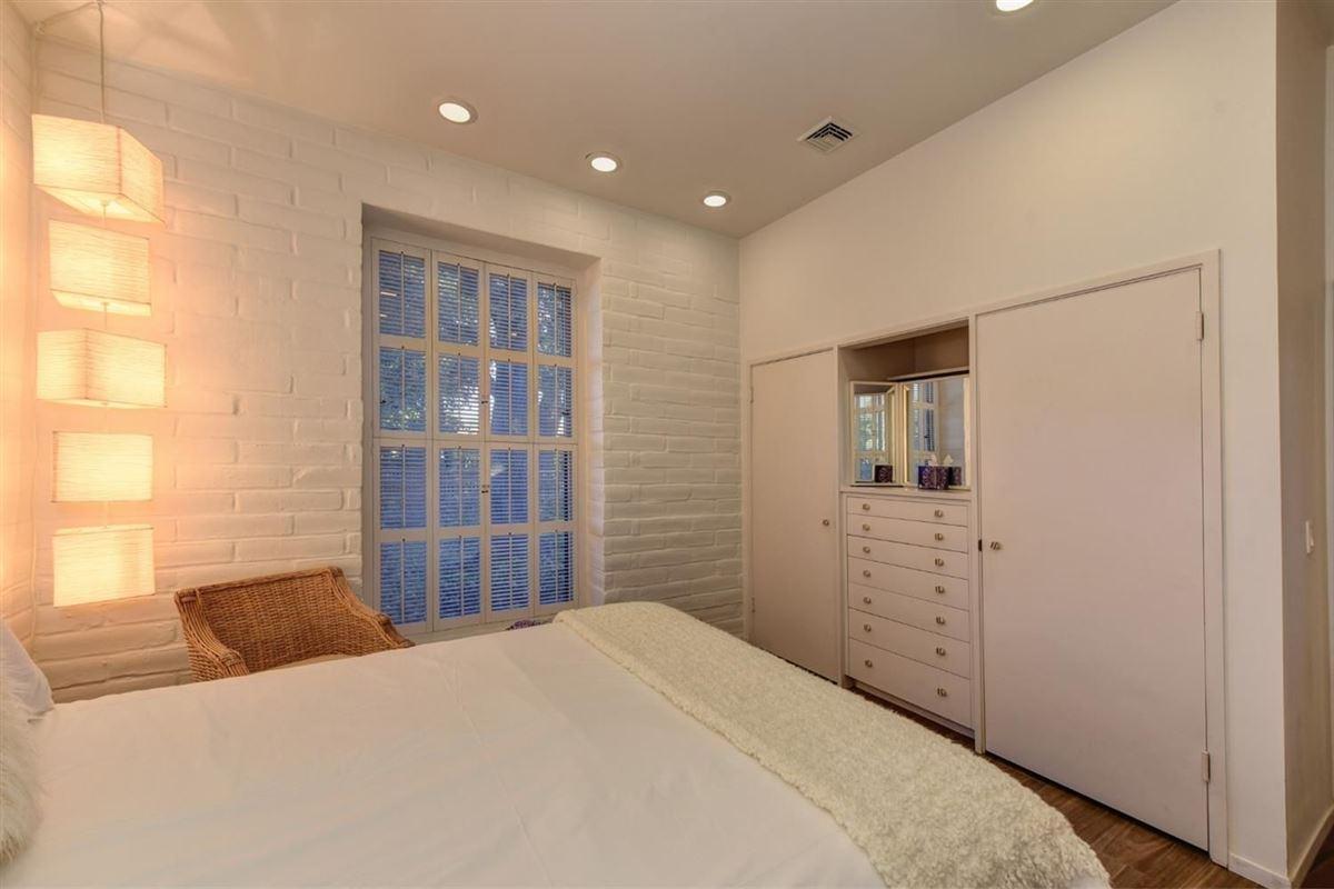 Luxury real estate Private Delta Riverfront estate