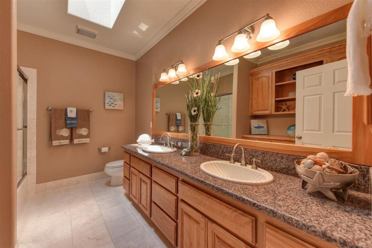 beautiful custom home in prestigious Los Cerros luxury real estate