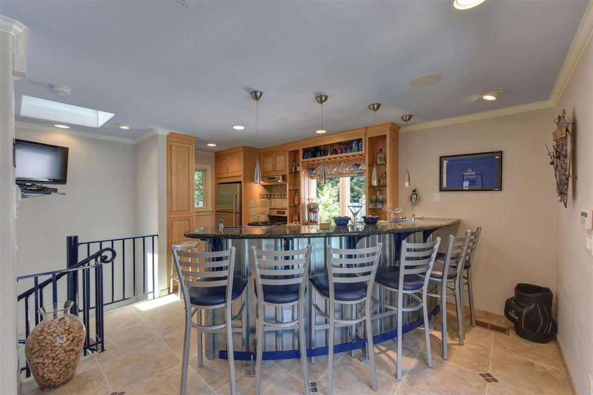beautiful custom home in prestigious Los Cerros luxury homes