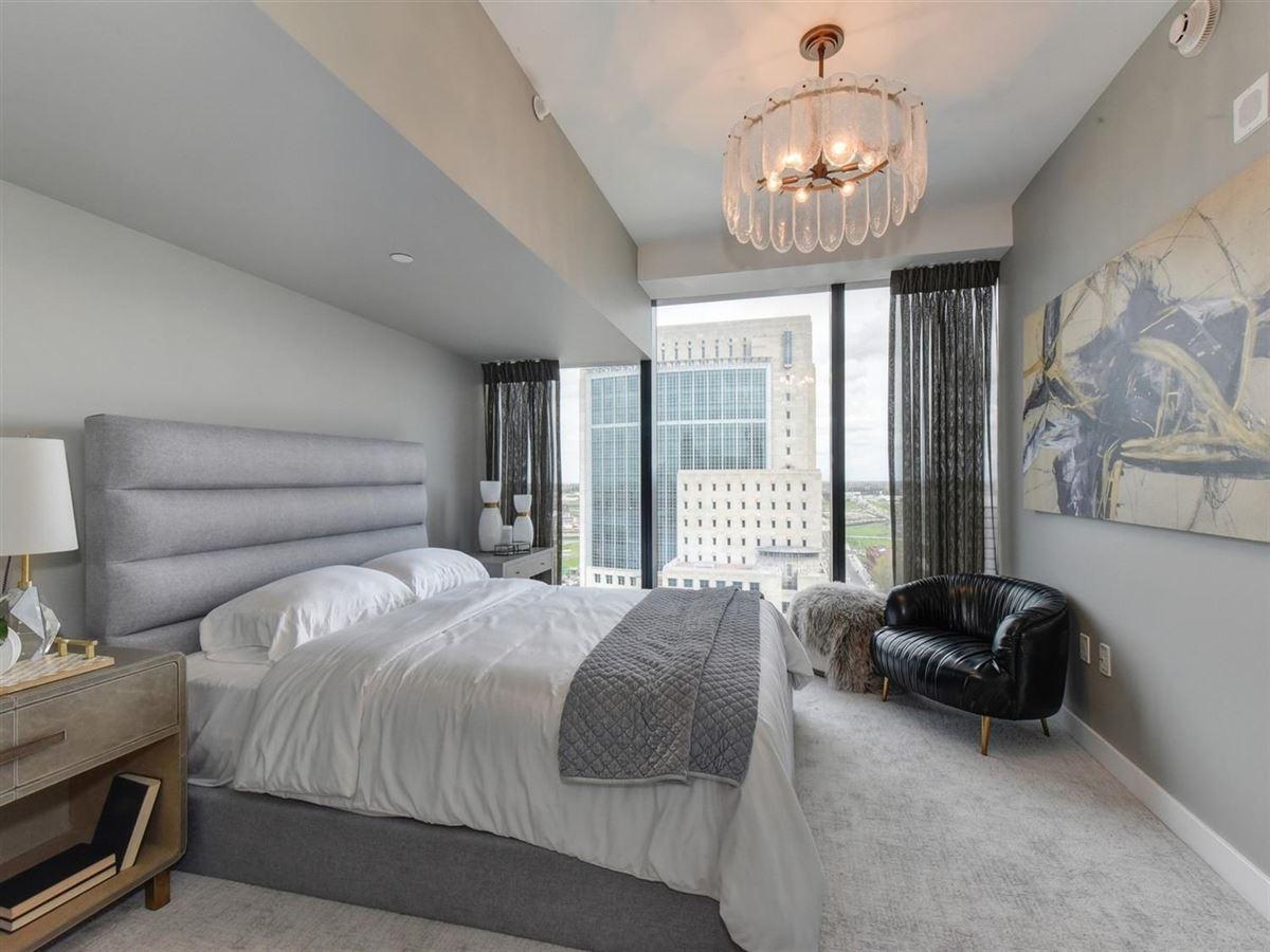 exclusive upscale condo residences luxury homes