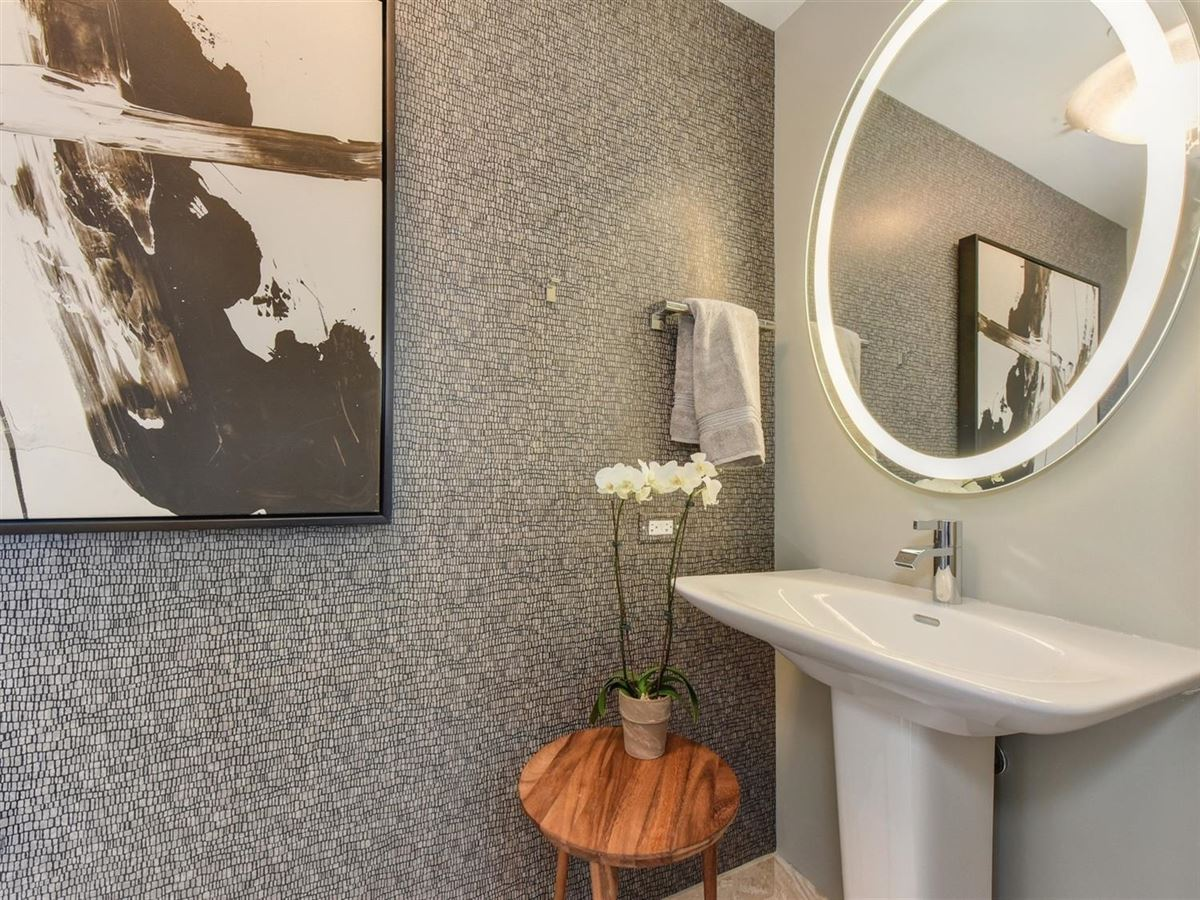 exclusive upscale condo residences luxury properties
