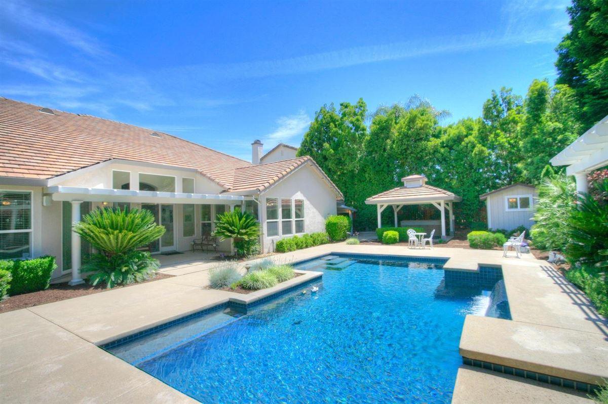 Granite Bay Pointe beauty luxury homes