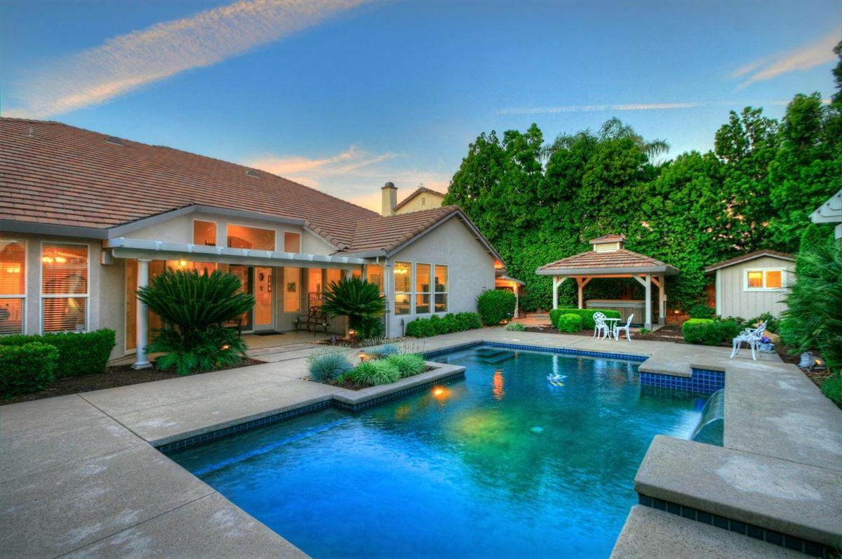 Luxury properties Granite Bay Pointe beauty