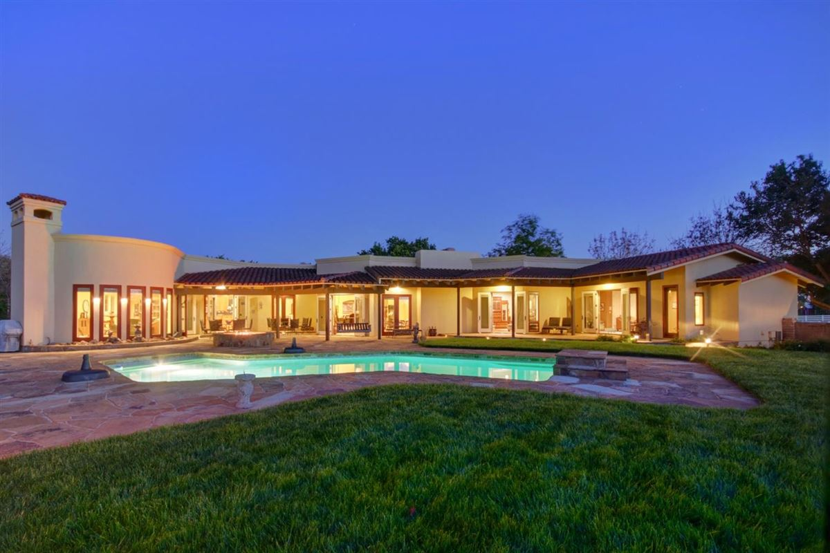gorgeous residence on 13-plus acres luxury properties