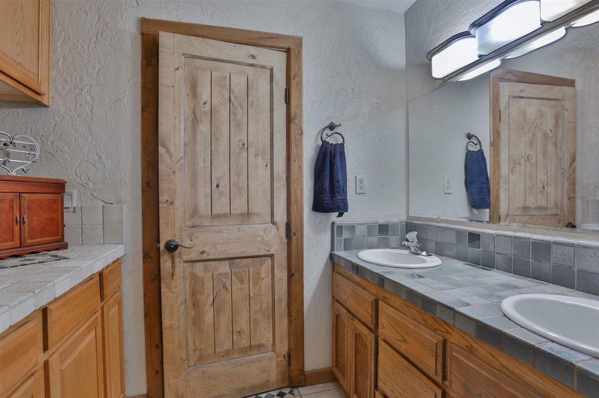 extraordinary ranchette in desirable El Dorado County luxury homes