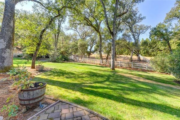 Luxury real estate 1970 Stagecoach RD, Placerville CA
