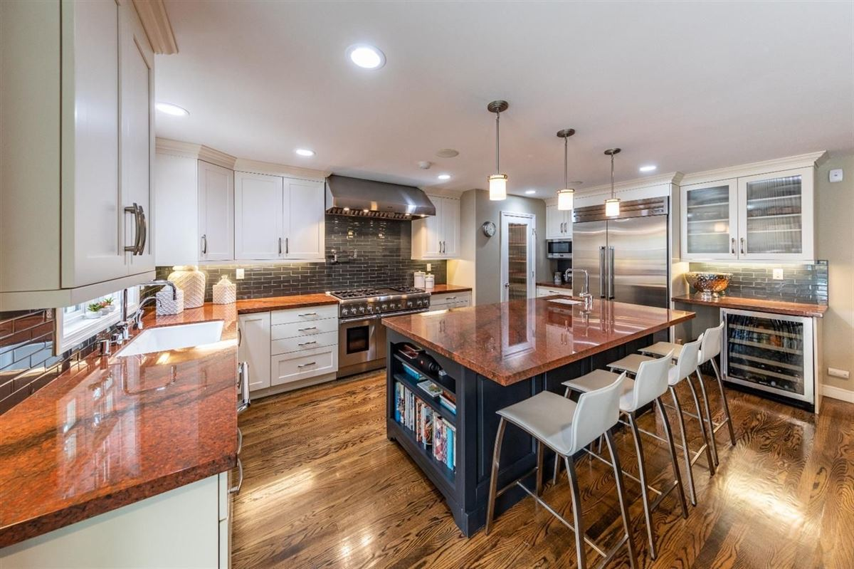 Beautifully remodeled home in sacramento luxury real estate