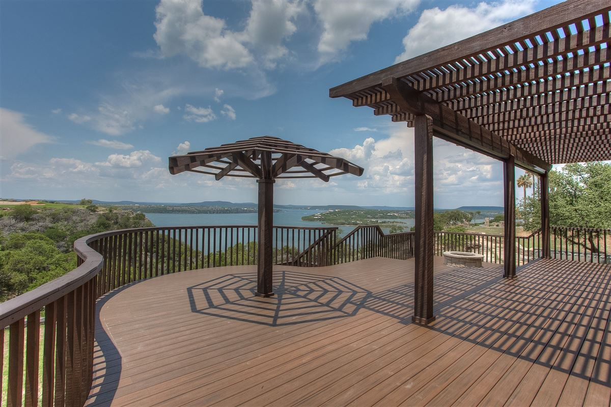 Luxury real estate spacious jewel in possum kingdom lake
