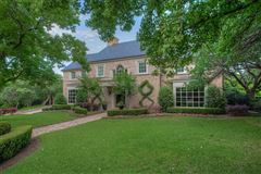 Luxury properties classic traditional in the heart of Westover Hills