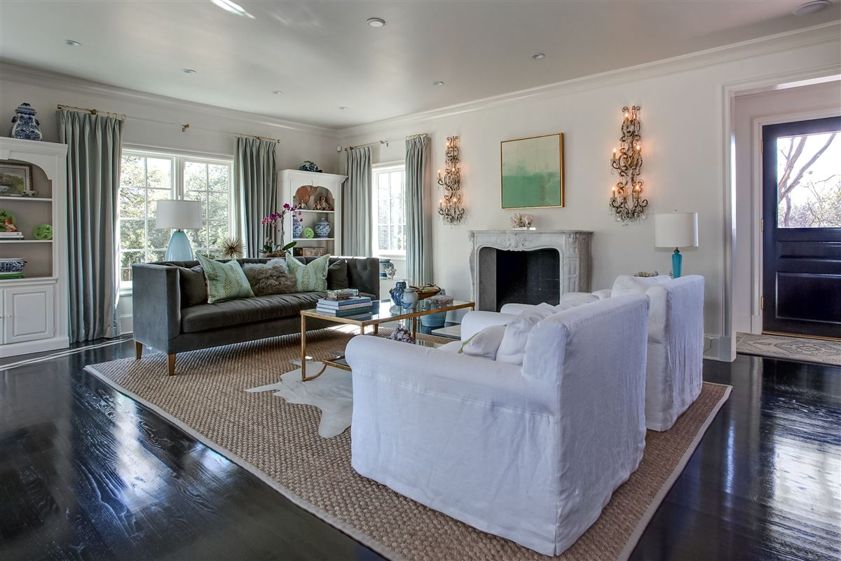 Luxury homes Stunning, English Tudor home