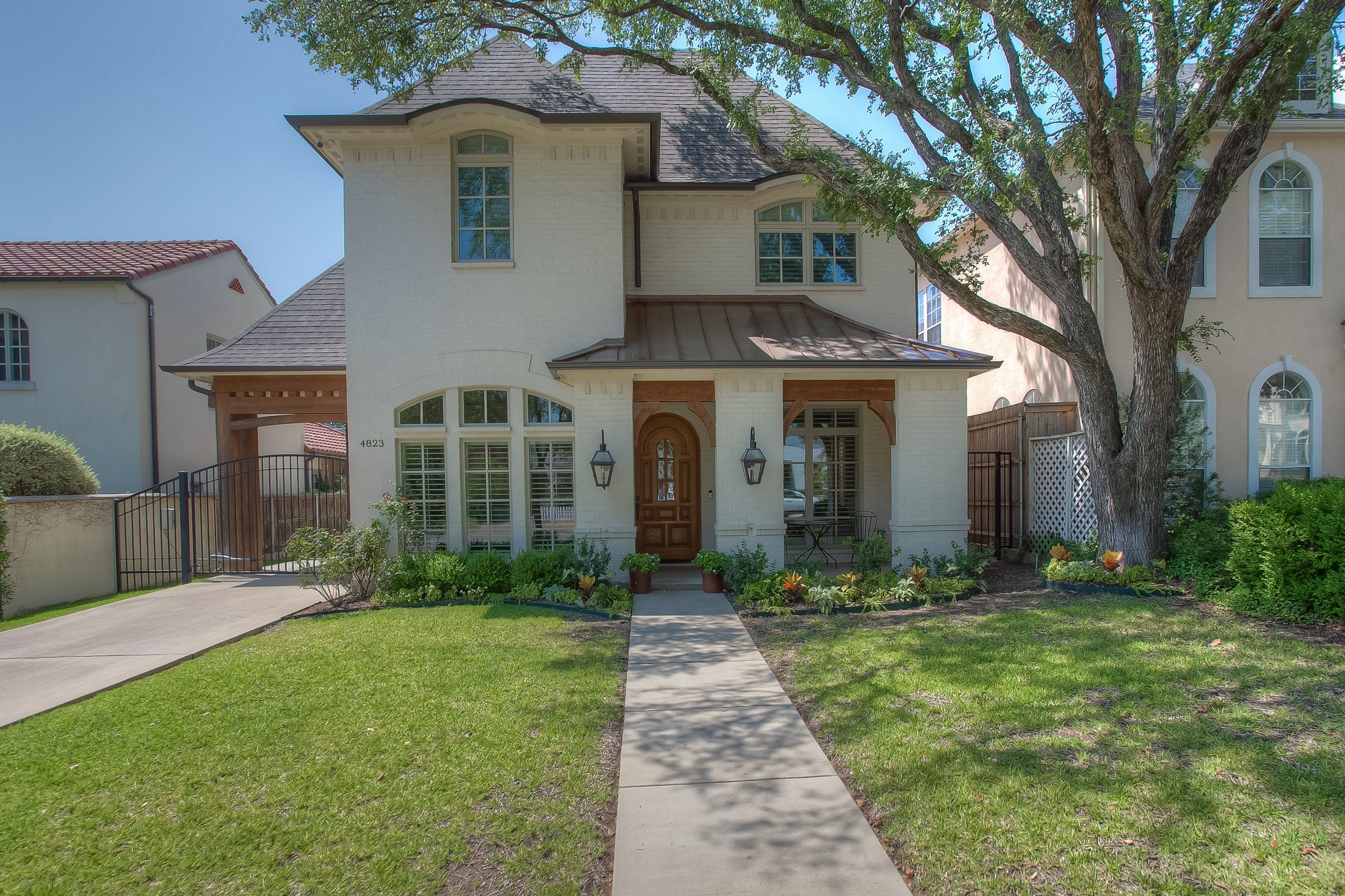 Beautifully Detailed Spacious Residence. US $1,135,000 In Fort Worth ...