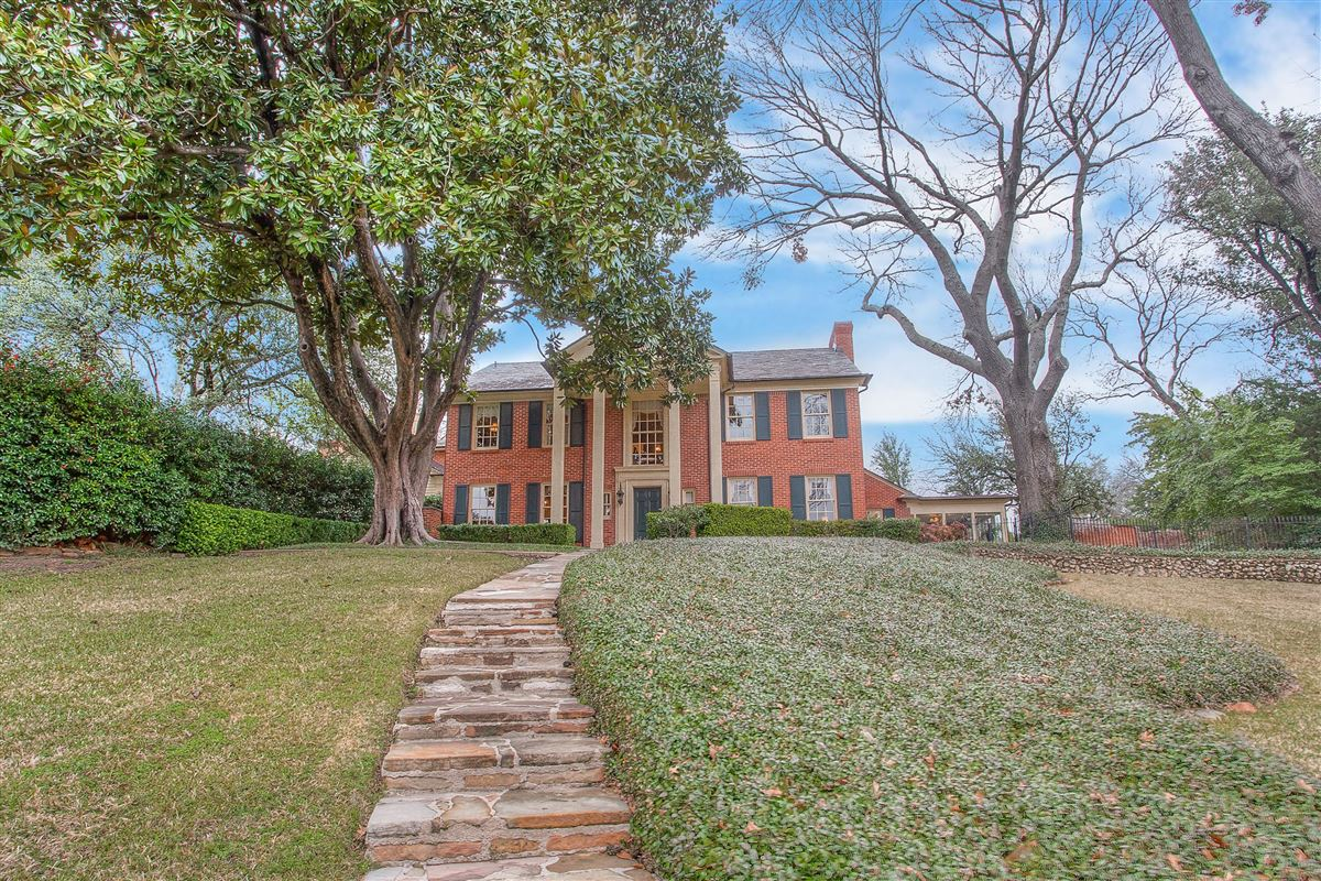 timeless fort worth Colonial Revival luxury real estate