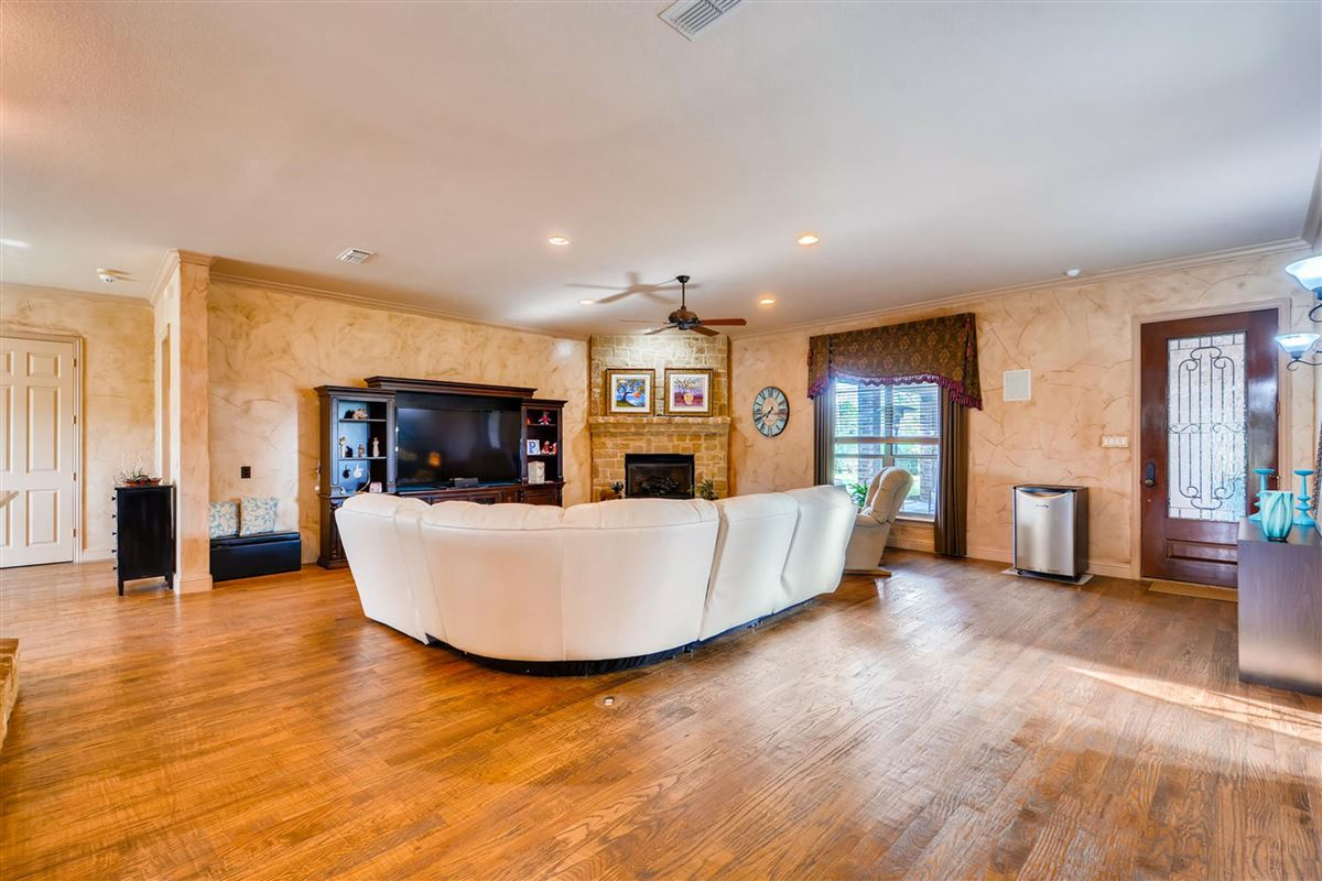 Horse lovers dream luxury real estate