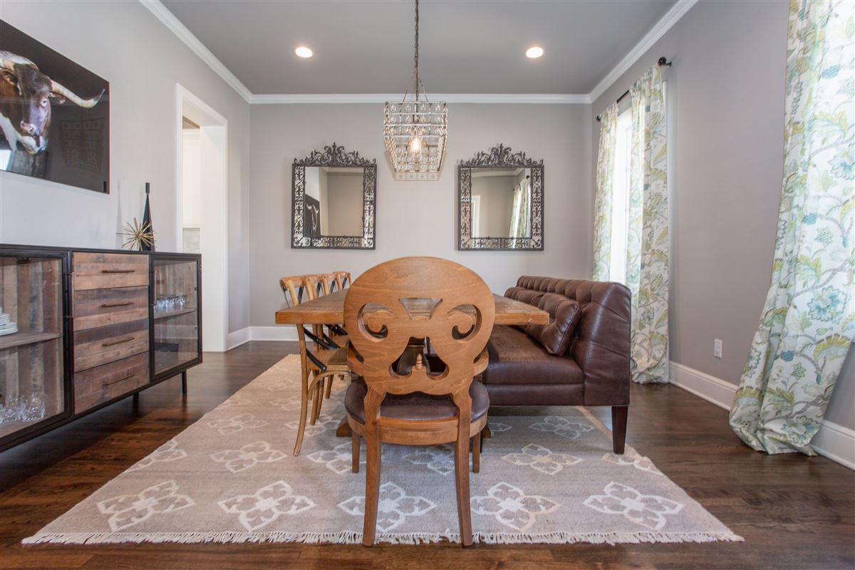 Luxury homes Stunning Fort Worth Colonial Revival