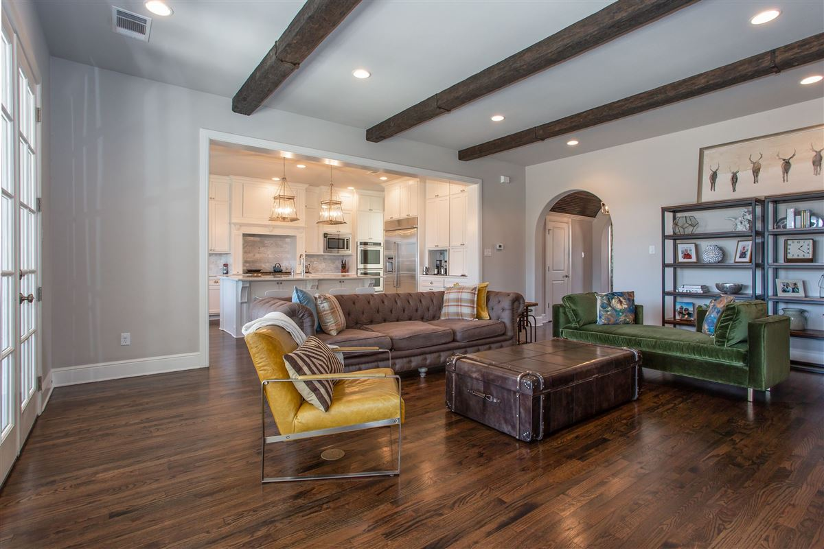 Stunning Fort Worth Colonial Revival luxury properties