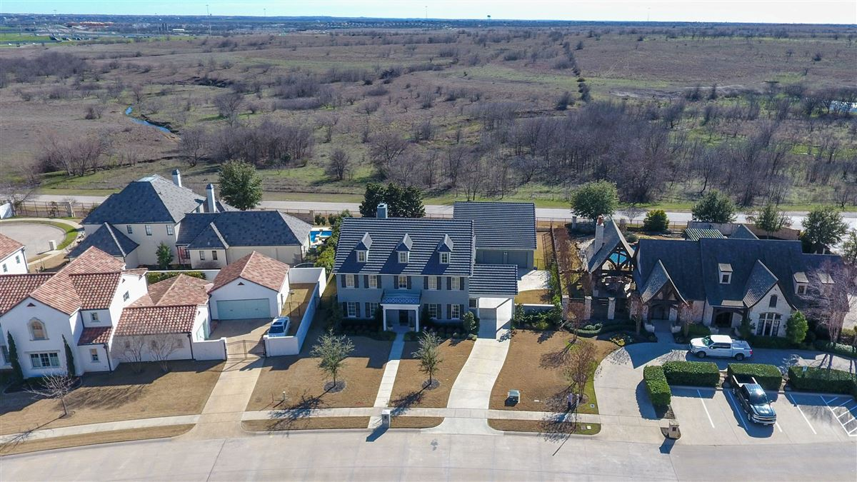 Luxury real estate Stunning Fort Worth Colonial Revival