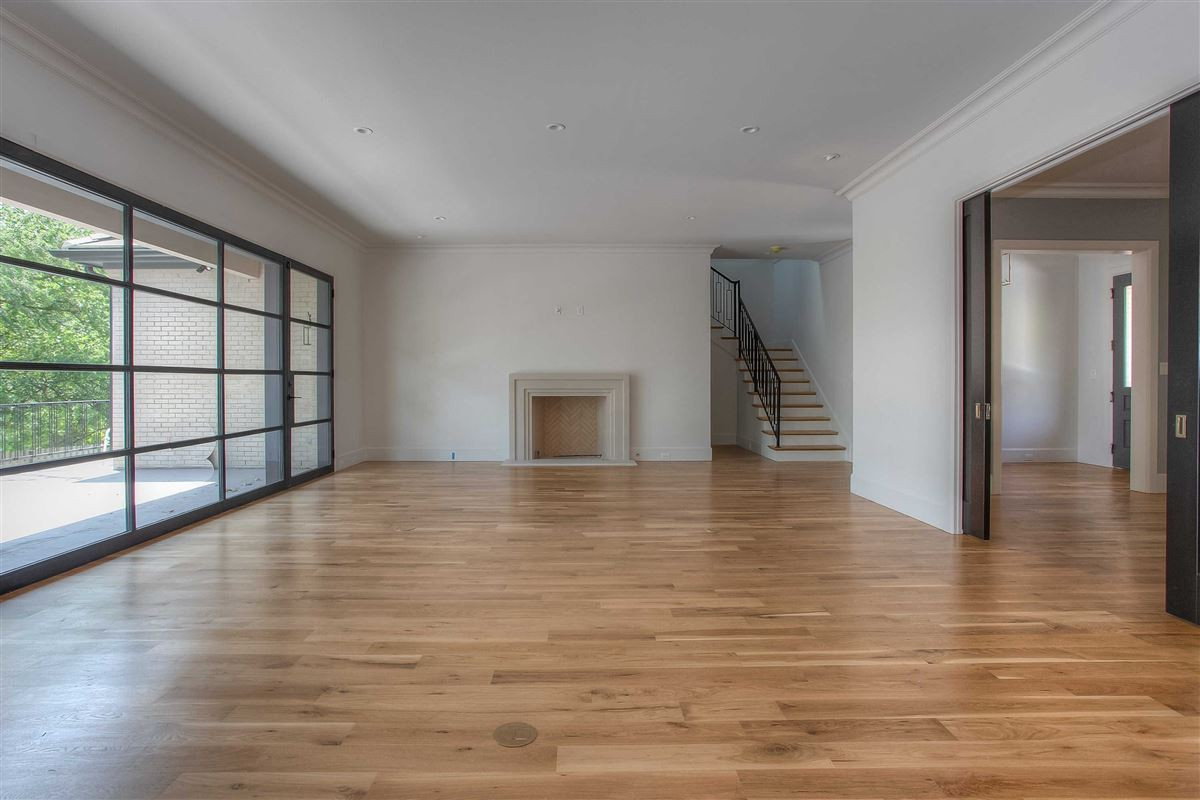 Luxury properties Beautiful new construction in gated Westover Square