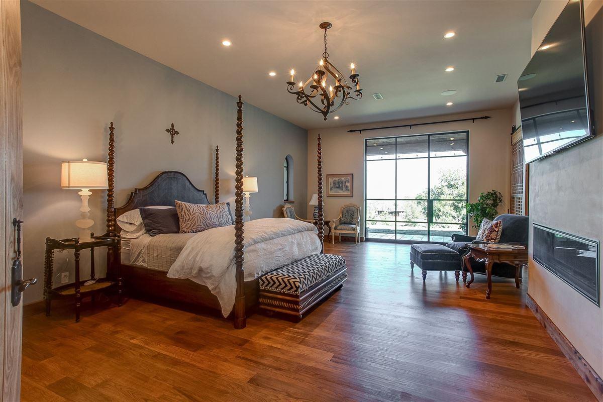 Luxury equine property  luxury properties