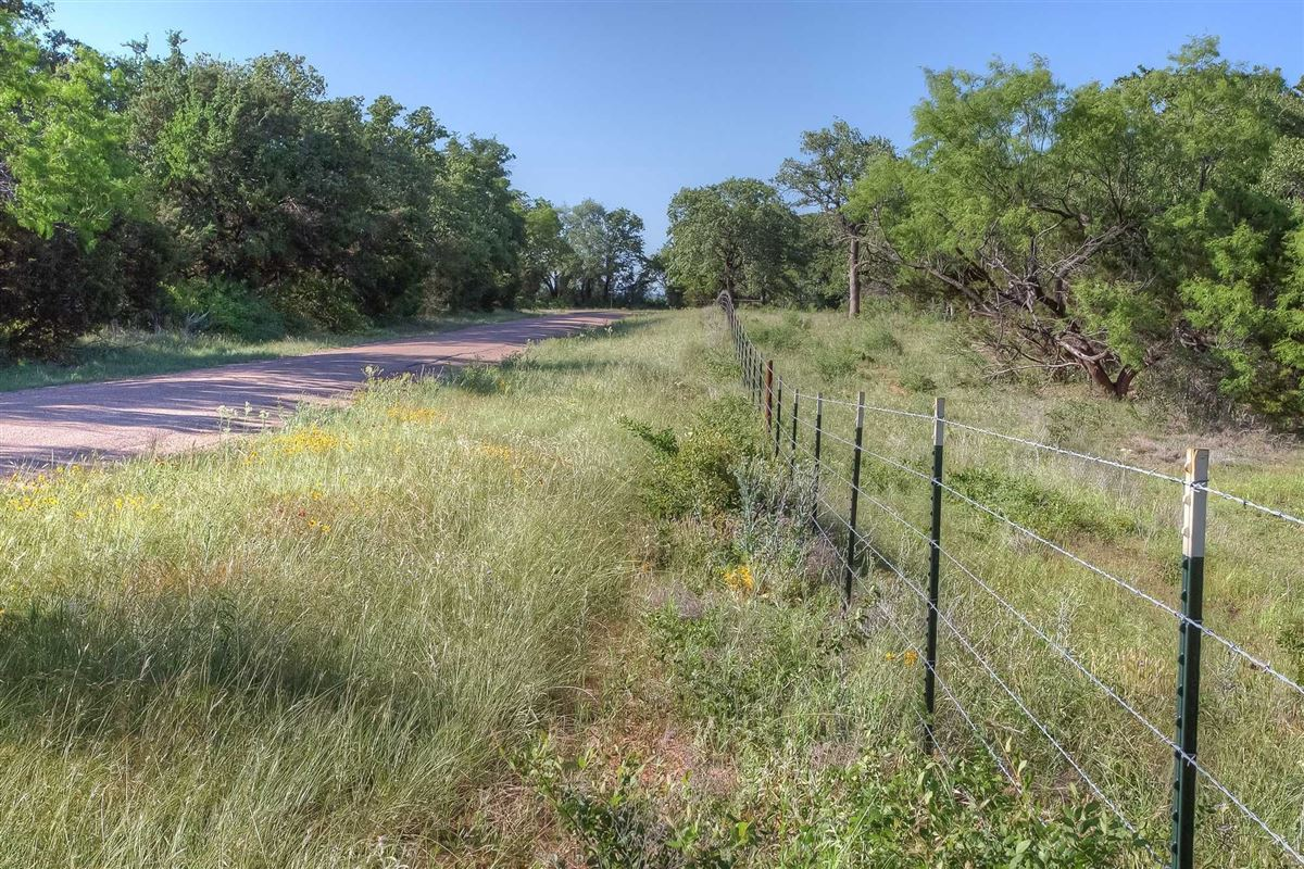 an idyllic Brazos River Valley ranch  luxury homes