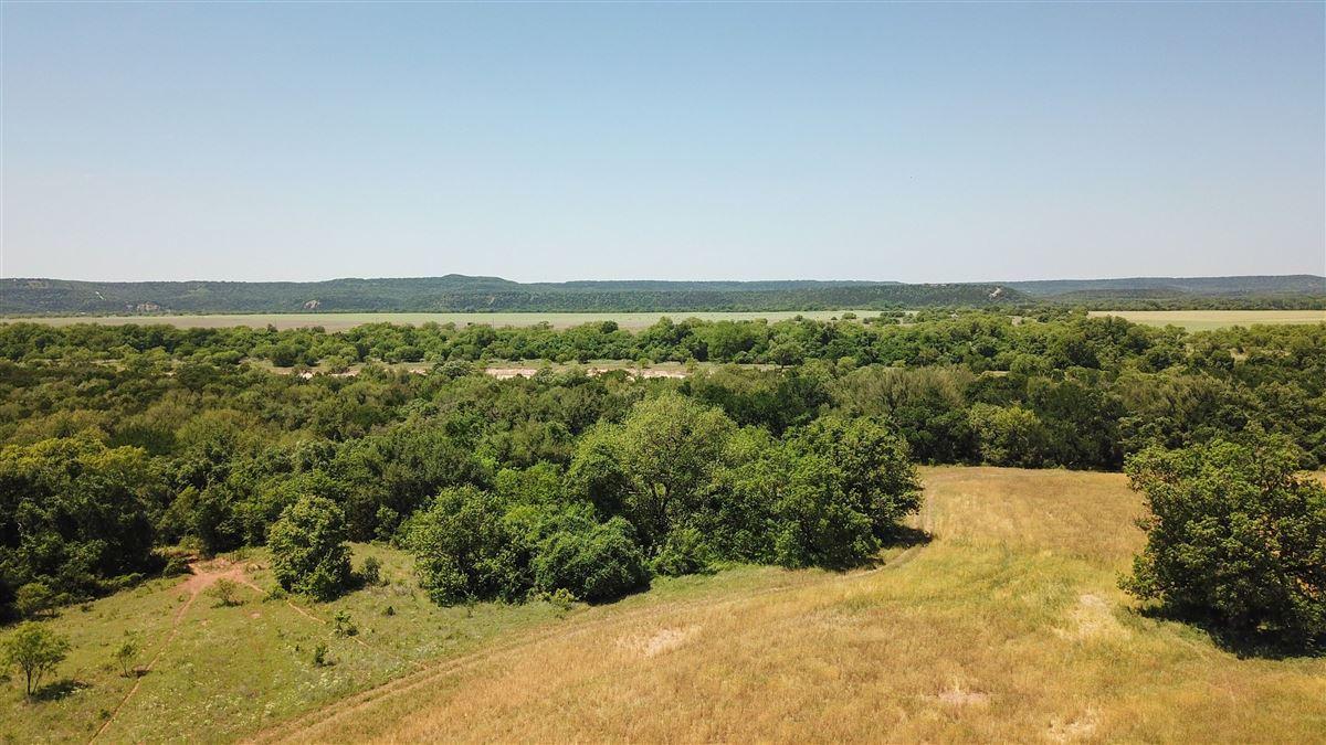 idyllic Brazos River Valley ranch mansions