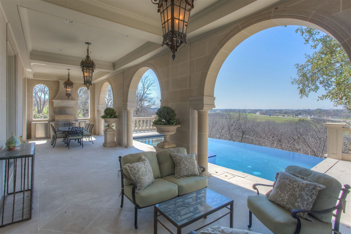 Luxury homes magnificent Fort Worth property