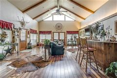 fantastic horse property luxury properties