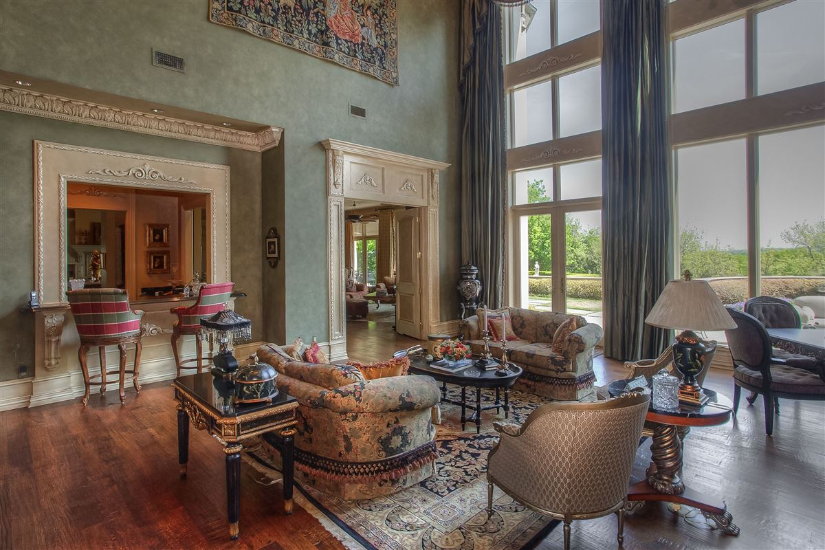 Luxury properties magnificent estate on sought after Overton Crest