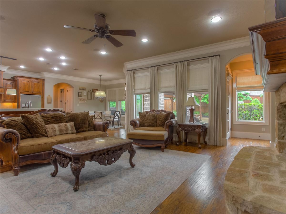 custom home Maintained for excellence and ready to go luxury real estate