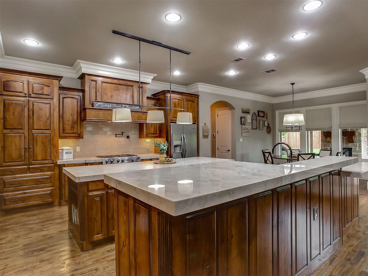 Luxury properties custom home Maintained for excellence and ready to go