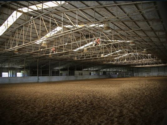 Luxury real estate Prestigious horse facility with large ranch home