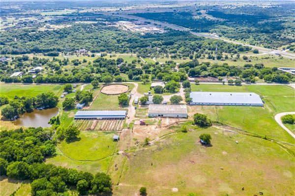 Prestigious horse facility with large ranch home luxury real estate
