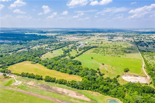Prestigious horse facility with large ranch home mansions