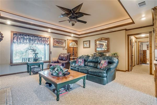 Luxury properties Prestigious horse facility with large ranch home
