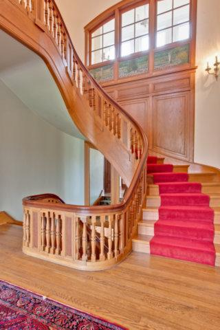 Ellysloyd East Lake Forest Home luxury properties