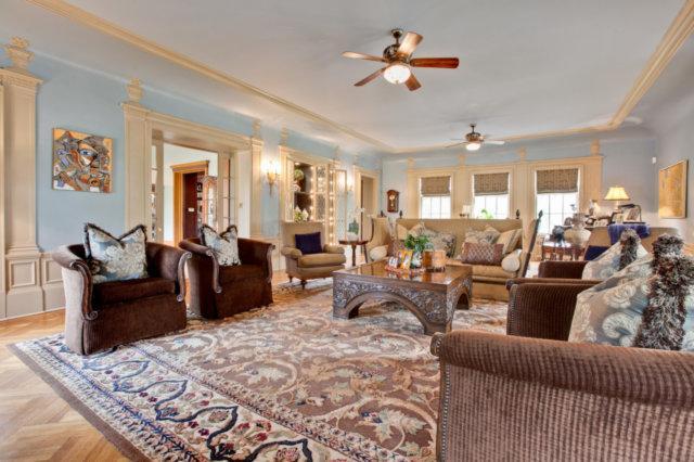Ellysloyd East Lake Forest Home luxury real estate