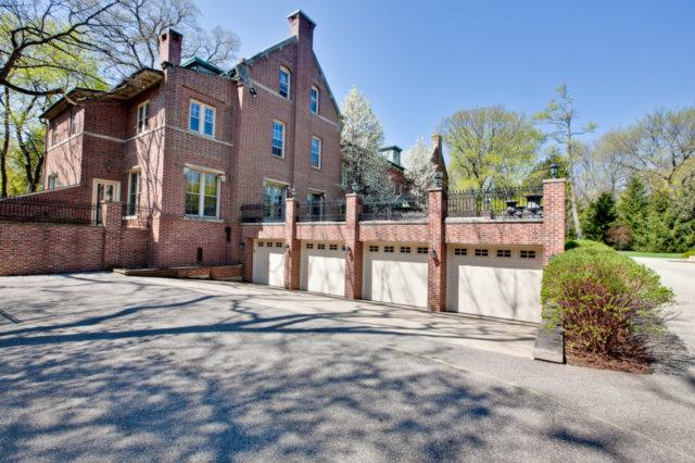 Ellysloyd East Lake Forest Home luxury homes