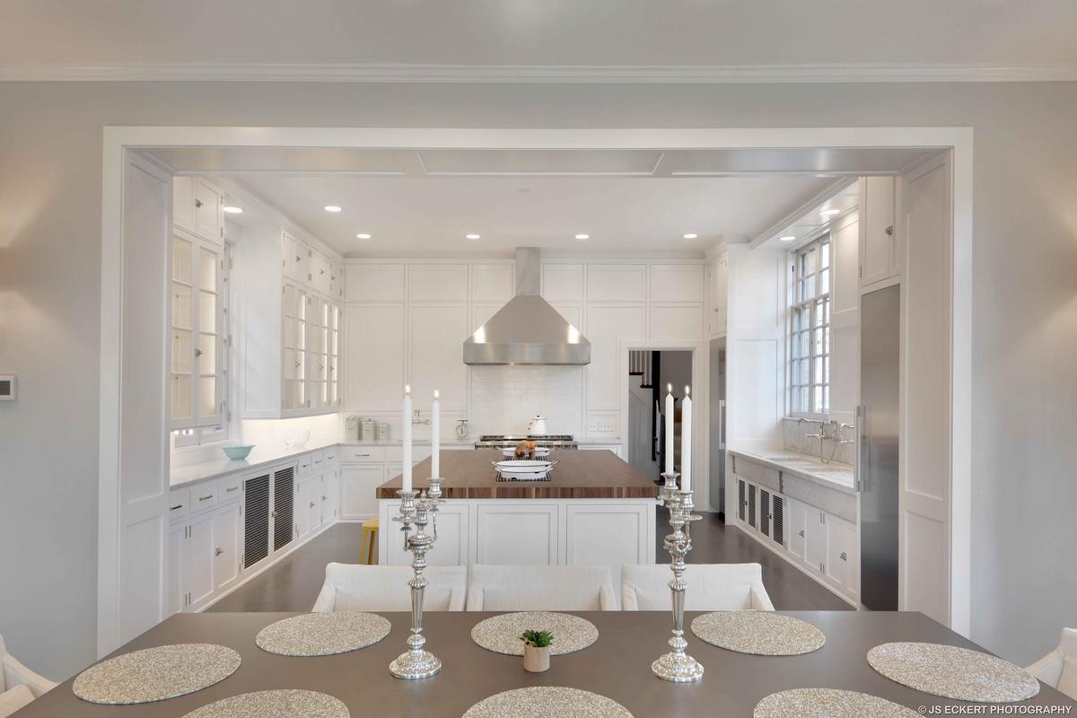 Mansions in David Adler Masterpiece