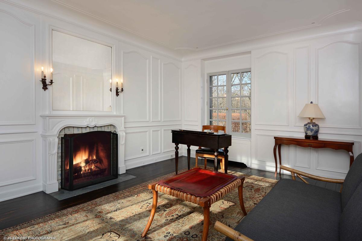 Luxury properties David Adler Masterpiece