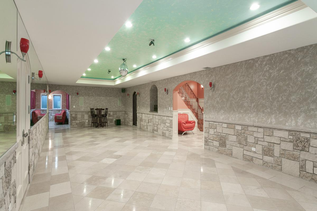 Luxury homes in Custom home in Conway Farms