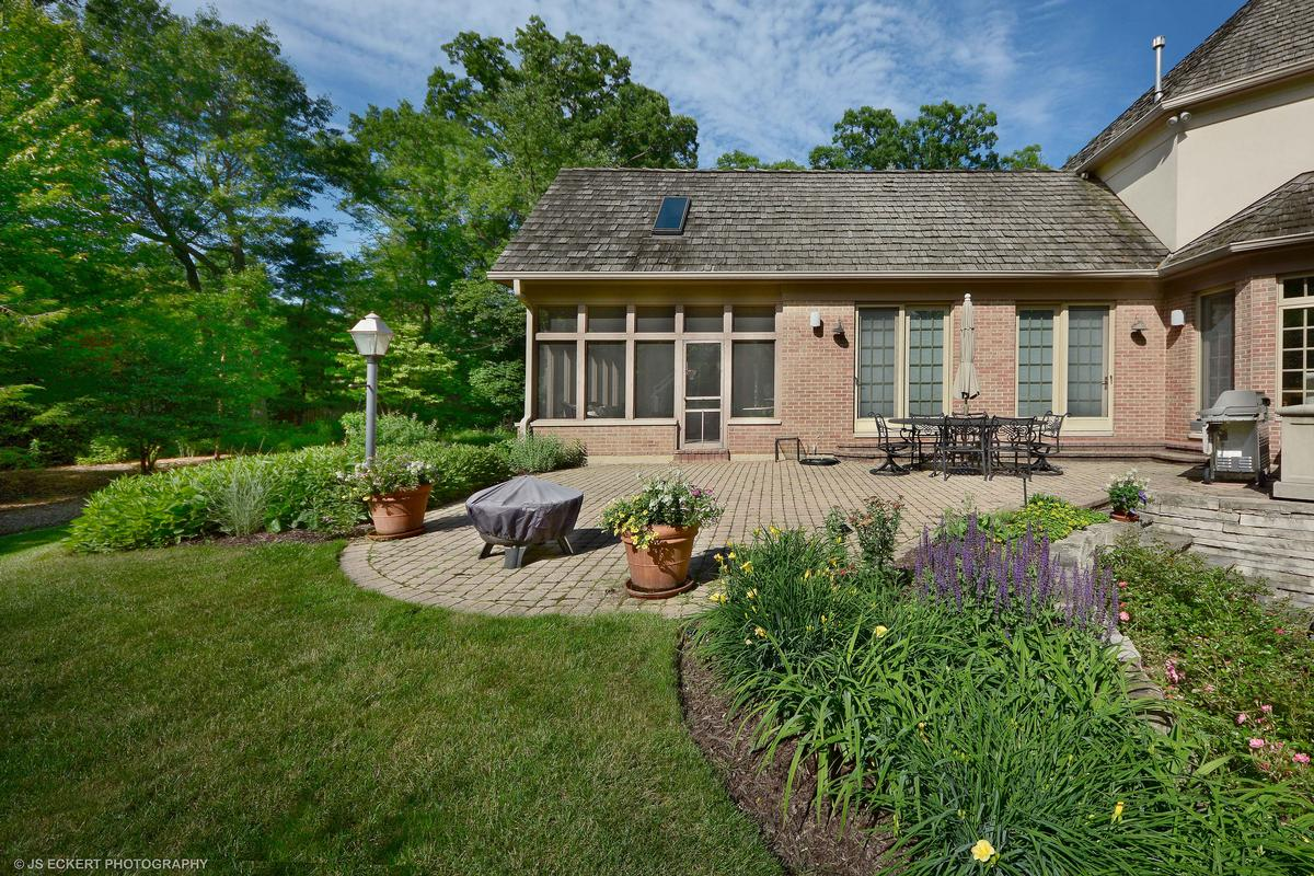 Elegant Lake Bluff Home luxury homes